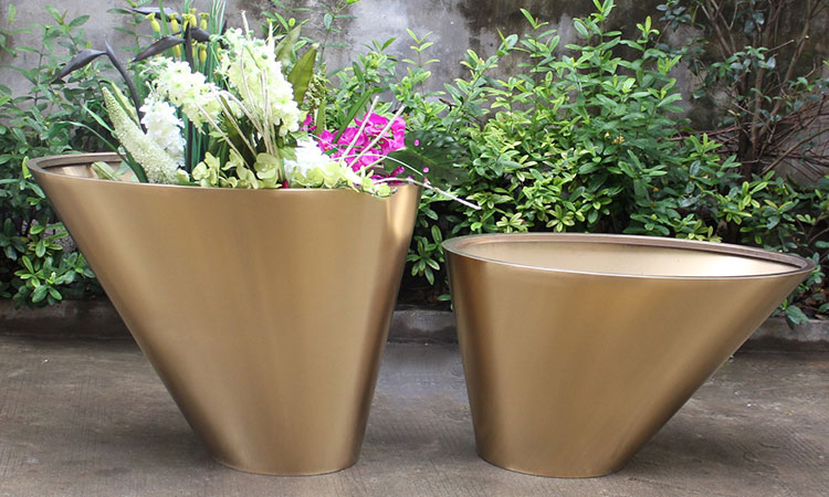 Outdoor stainless steel planters are widely used in a variety of places stainless steel planters HD-SP208