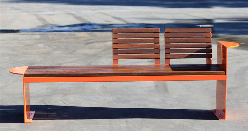 Outdoor bench seats issues to be aware of in use